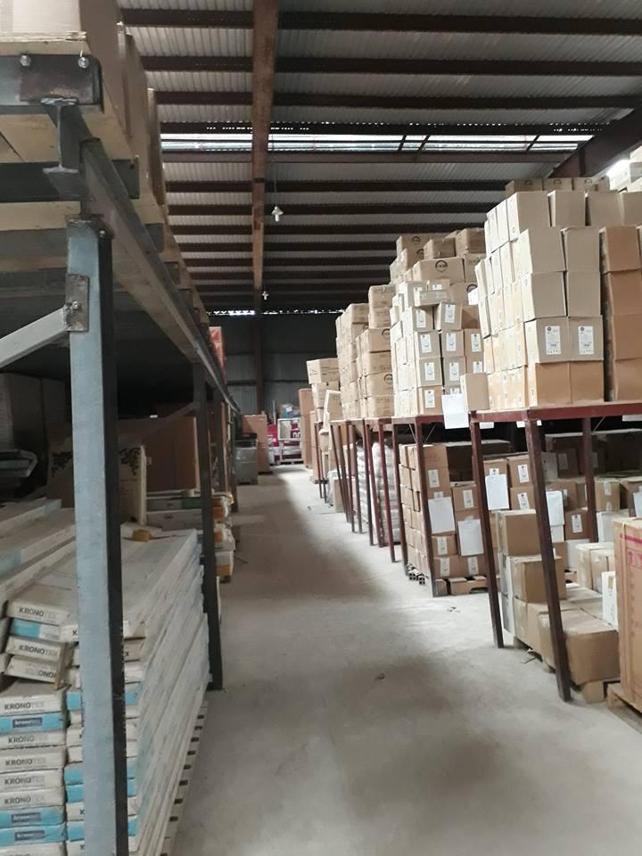 Công ty cung cấp Dịch Vụ Cho Thuê Kho Bãi và Lưu Giữ Hàng Hóa Quận 7 uy tín giá tốt chỉ 80.000đ/m2 DT 100m, 200m đường Nguyễn Văn Quỳ.