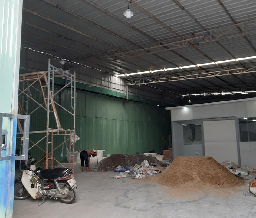 Cho thuê kh C o xưởng Quận 7 DT 300m đường Nguyễn Văn Linh giáp Phú Mỹ Hưng LH Ms Loan ĐT 0938 628 911.