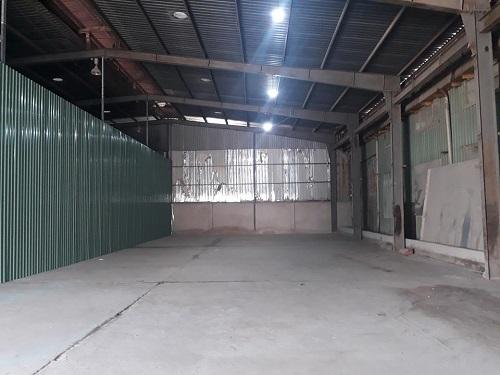 Cho thuê kho 350m và 1 văn phòng 200m 1 trệt 1 lầu tại Quận 7 đường Nguyễn Văn Linh.