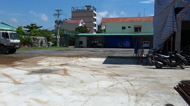 Cho thuê kho bãi Quận 7 đường Nguyễn Văn Quỳ, DT 500m, 1000m. 2000m giá rẻ chỉ từ 30.000đm2th.