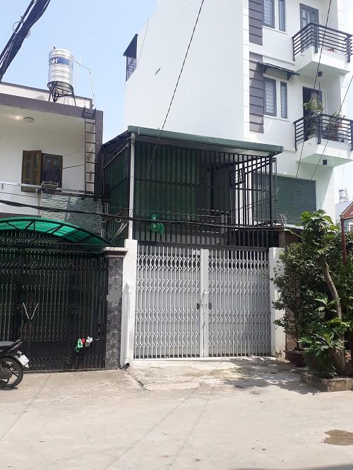Cho thuê nhà nguyên căn Quận 7 giáp khu Nam Long, Trần Trọng Cung, DTSD 160m giá 12tr/th vỉa hè rộng.